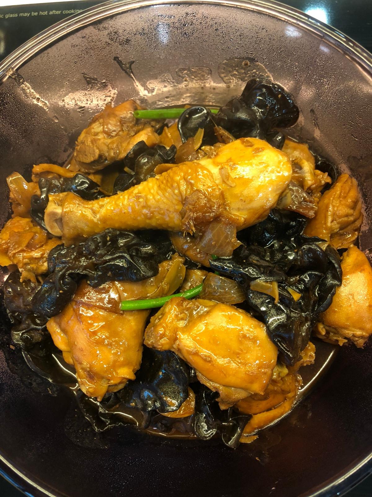 Braised Chicken with BlackFungus
