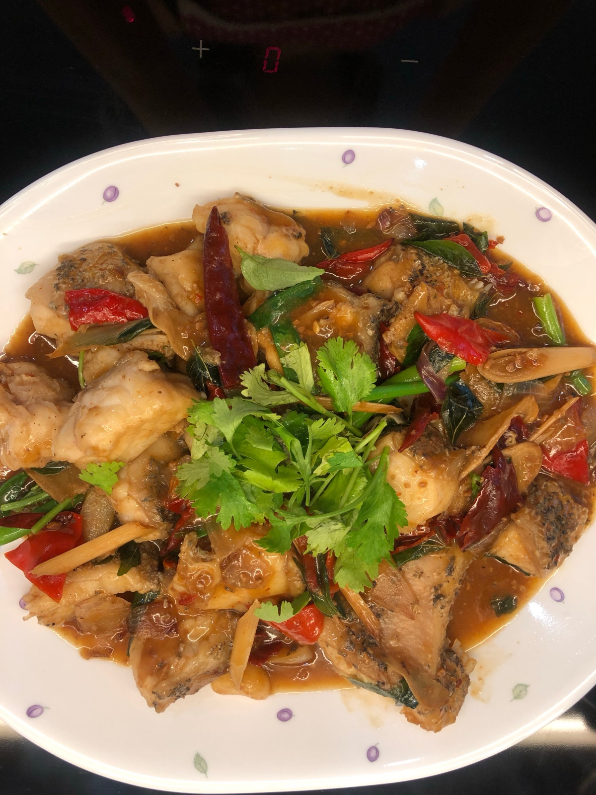 Spicy stir-fry fish (紅燒炒魚)